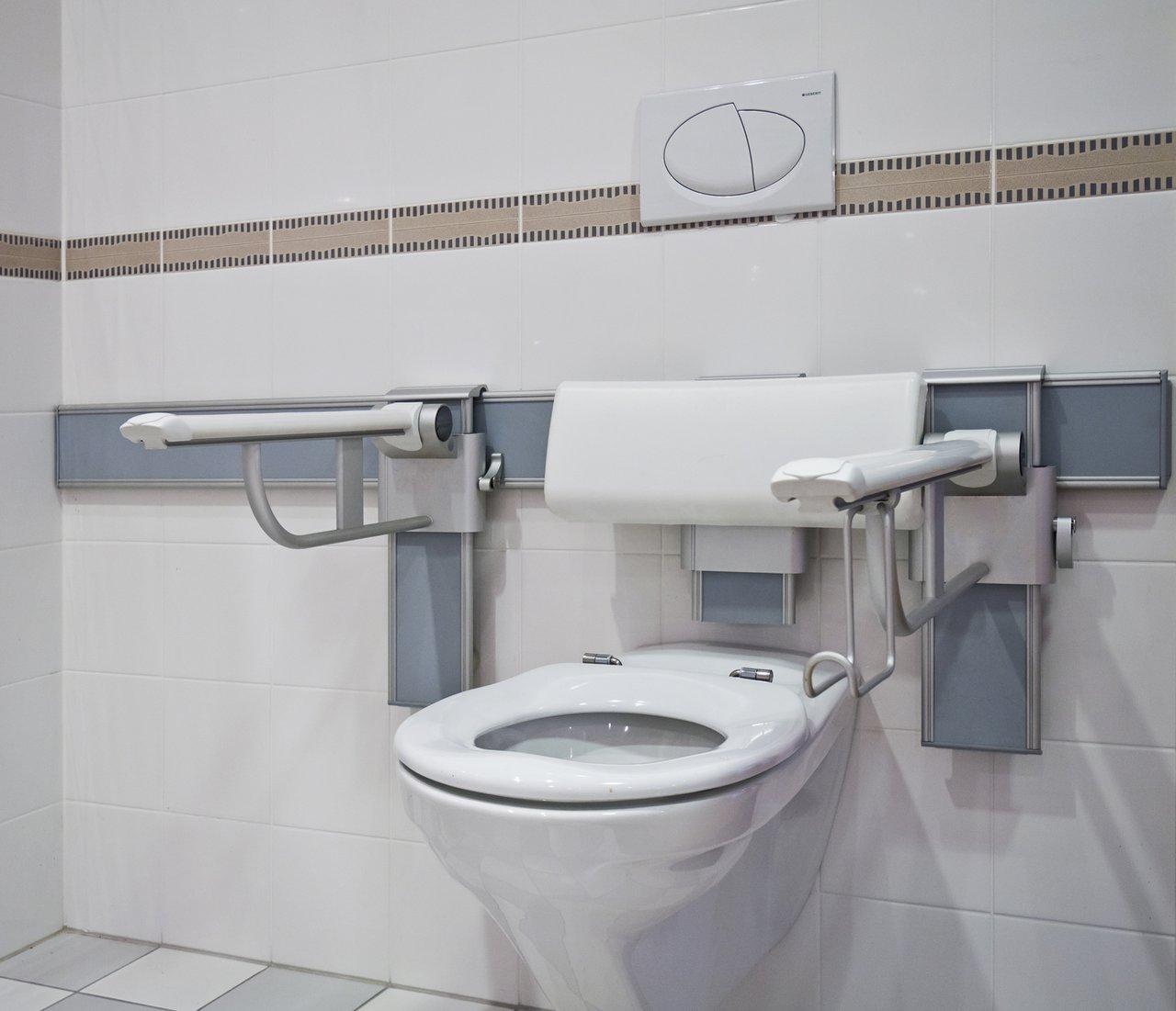 Das barrierefreie Bad - Komfort für alle Benutzer - Sanitär Schwarz GmbH